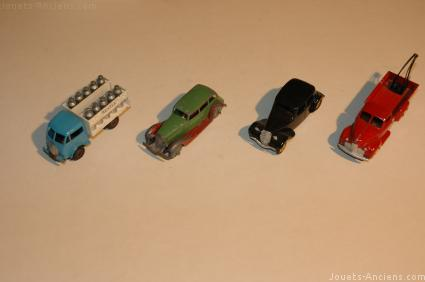 Miniatures Dinky Toys